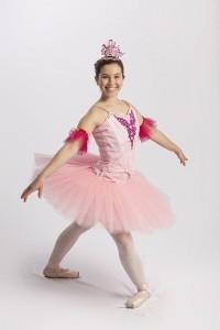 enchanted-garden-fairy-pose-02-h1000p