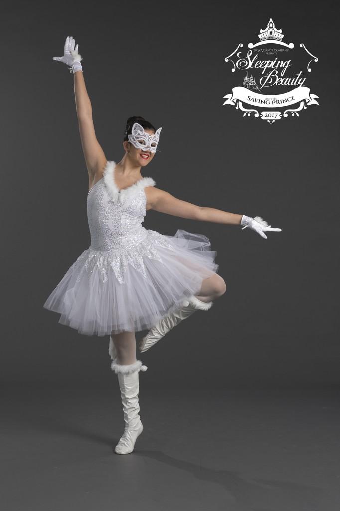 white-cat-img2